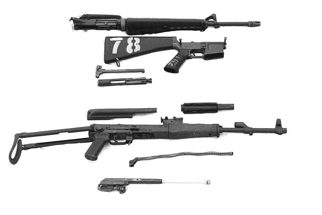 640px-AK-47_and_M16_DM-SN-82-07699